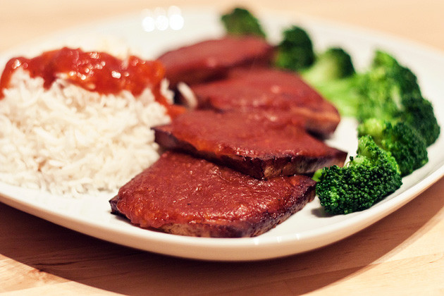 Gebackenes Barbecue-Aprikosen Tofu