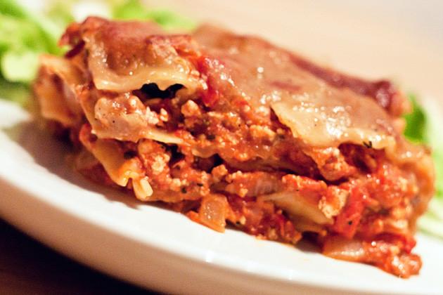 Tofu-Tomaten-Lasagne