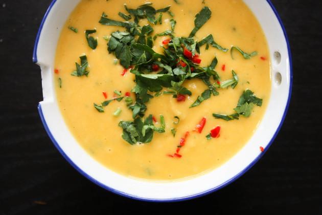 Pastinaken- Suesskartoffel- Suppe