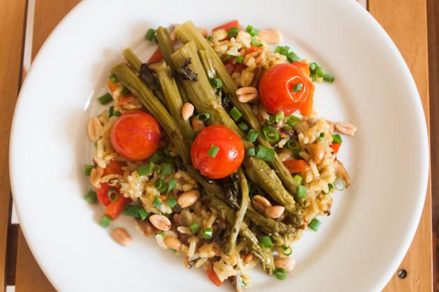 Curry- Shiitake- Reis mit Ofenspargel