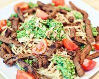 Bärlauch- Spinat- Pekanuss- Pesto mit Spaghetti & Gyros