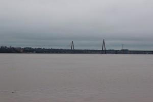 Blick von Posadas auf Encarnacion (Paraguay)