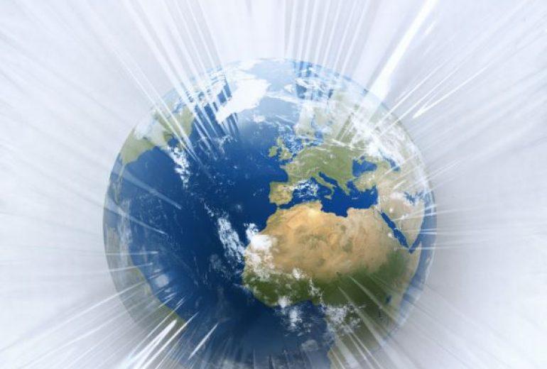 Lesestoff im Netz: Klimawandel & Plastik